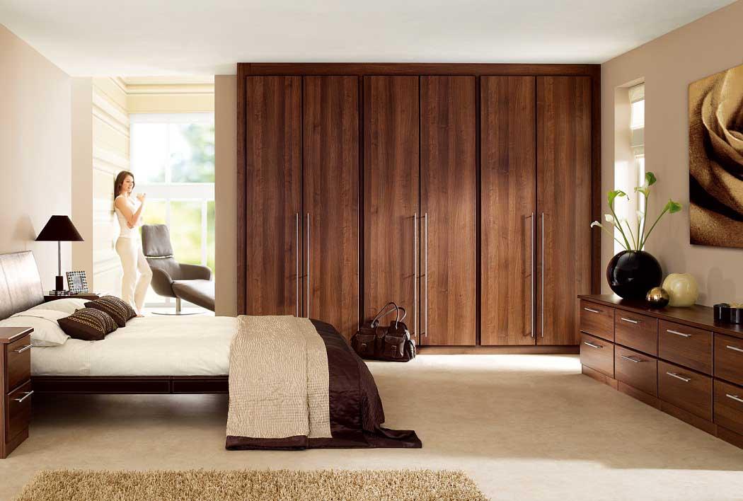 Hard wood teak bedroom cupboard furniture pictures for Bedroom furniture cupboard designs