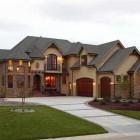 Classic Luxury Rustic European Home Design Image