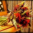 stunning autumn wedding ideas flower boquet