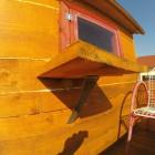 Folding-Coffee-table.-DIYaffordable-Treehouse-Ideas